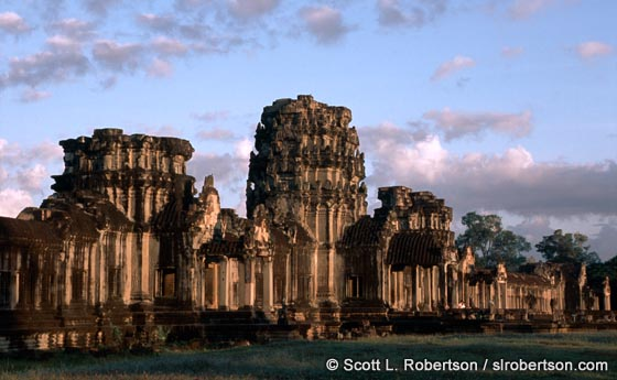 Photo: Outer Gate Ruins, Angkor Wat