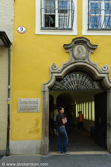 Mozart Birth House 4