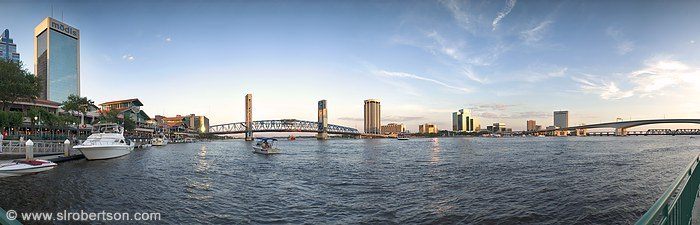St. Johns River and downtown Jacksonville skyline, Jacksonville, Florida